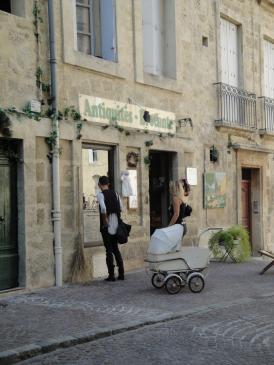 02.10.2009 Els antiquaris a la ciutat són abundants            Montpeller -  Jordi Bibià