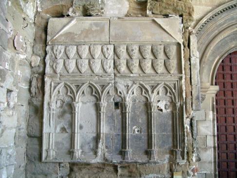 21.03.2008 Ossari dels Montcada localitzat al claustre de la Seu Vella de Lleida            Seu Vella de Lleida -  Jordi Bibià