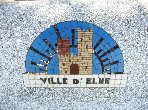 20.08.2010 Representació moderna localitzada en alguns dels bancs d'Elna amb l'escut de la població  Elna. Rosselló -  Jordi Bibià