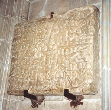 26.09.2003 Llosa de tipus històric, sobre la presa de Carcassona pels croats  Carcassona. Església de Sant Nasari -  Jordi Bibià