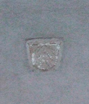 26.03.2008 L'escut de Levis-Mirepoix (Miralpeix), a l'antiga entrada de l'actual església de Montsegur.            Montsegur -  Jordi Bibià