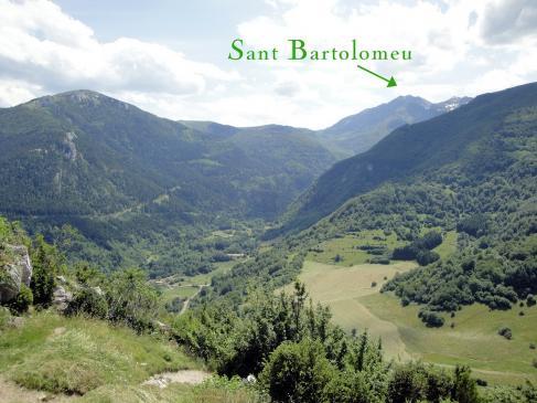 24.06.2009 Vista tot anant camí de Montsegur.      Coll de Balagues -  Jordi Bibià