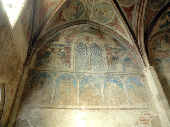 06.09.2011 Pintures en una de les capelles annexes del claustre del convent dels Jacobins.  Tolosa del Llenguadoc -  Jordi Bibià