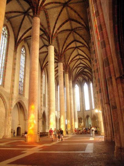 07.09.2011 Interior de la nau dels convents dels Jacobins.  Tolosa del Llenguadoc -  Jordi Bibià