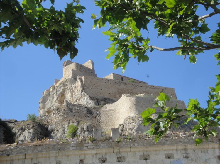 17.06.2012 Vista del castell des del Jardí dels Poetes  Morella -  Jordi Bibià