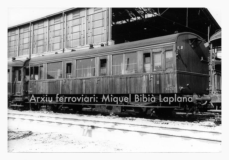 12.10.2013 Vagó de passatgers de NORTE.  -  Miquel Bibià Laplana