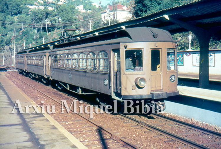 30.11.-0001 El tren de Sarrià  -  Miquel Bibià