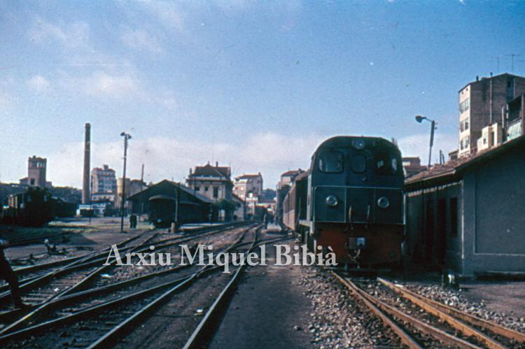 30.11.-0001 FFCC.  Estació de Manresa -  Miquel Bibià