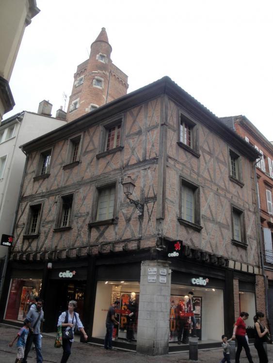 02.09.2011 Un aspecte del casc antic.  Tolosa del Llenguadoc. -  Jordi Bibià