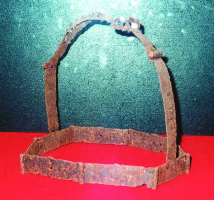 26.08.2014 Cinturó de castetat. Castell (exposició temporal).  Museu d'història del castell de Foix -  Jordi Bibià