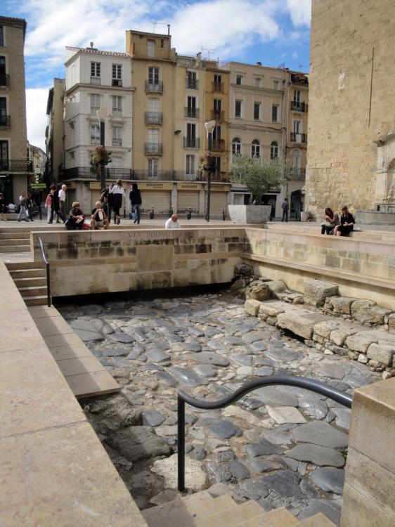 28.08.2010 La via Domitia. Antic traça romà que creuava la ciutat.  Narbona -  Jordi Bibià