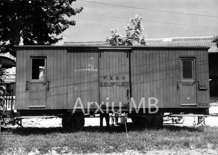 30.11.-0001 Lo trenet de Tortosa. Vagó d'equipatges.  -  Miquel Bibià