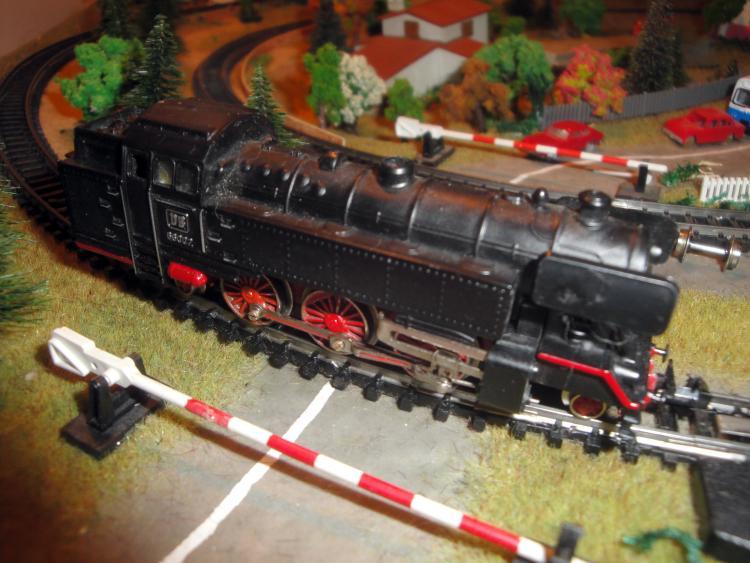 12.10.2014 Locomotora de vapor de la DB. Ibertren. Ref. 208.  -  Jordi Bibià