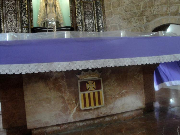 18.10.2013 Altar major de lesglésia de las Mercedes.  Santo Domingo. República Dominicana. -  Jordi Bibià