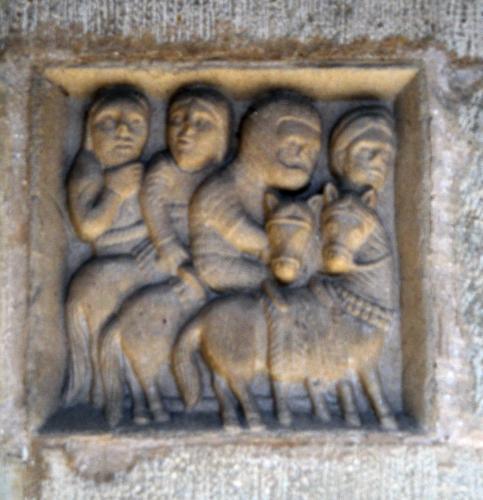 19.07.2011 Cavallers medievals. Grup escultòric  Claustre de la catadral de Tortosa -  Jordi Bibià