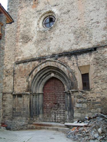 18.05.2017 Façana de l'església.  Castellbò -  Jordi Bibià