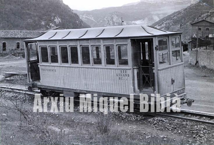 05.11.2017 Ferrocarril secundari de Guardiola del Berguedà.  1958 -  Miquel Bibià Laplana