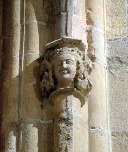 27.11.2017 Escultura reial. Interior del temple.  Sant Mateu. -  Jordi Bibià