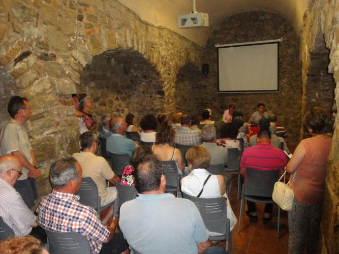 27.11.2017 Conferència sobre el catarisme.  Castelló de Farfanya. -  Jordi Bibià
