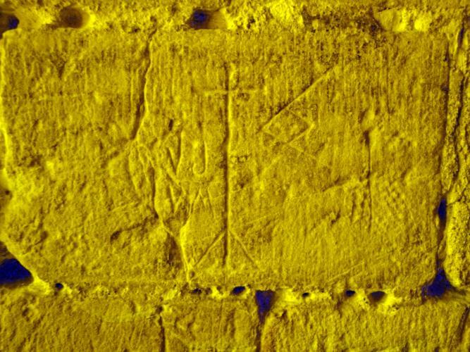 29.07.2018 Grafits diversos.  Castell de Foix -  Jordi Bibià