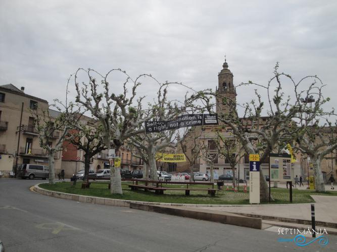 22.04.2019 La plaça major.  La Granadella. -  Jordi Bibià