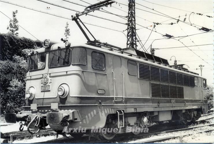 27.08.2019 Alsthom sèrie 10001-10004. Bitensió. 1963. 2.270 CV. / 120 hm/h.  Dipòsit T.E. Vilanova-Norte -  Miquel Bibià Laplana