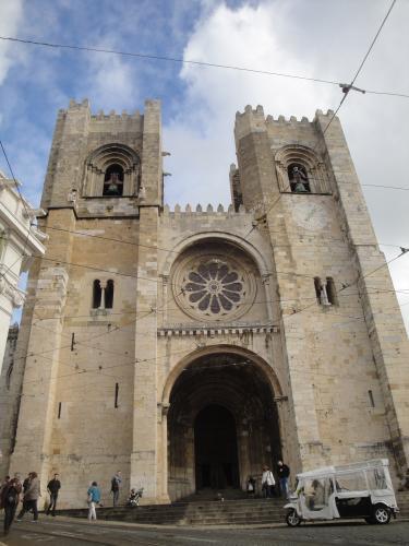 03.01.2020 Vista de la catedral de Lisboa des de la seva façana principal.  Lisboa -  Jordi Bibià