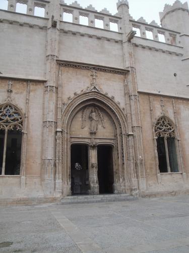 29.01.2020 La Llotja, Porta principal.  Palma -  Jordi Bibià