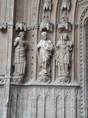 30.01.2020 Detall grup escultòric porta principal.  Palma -  J. Bibià