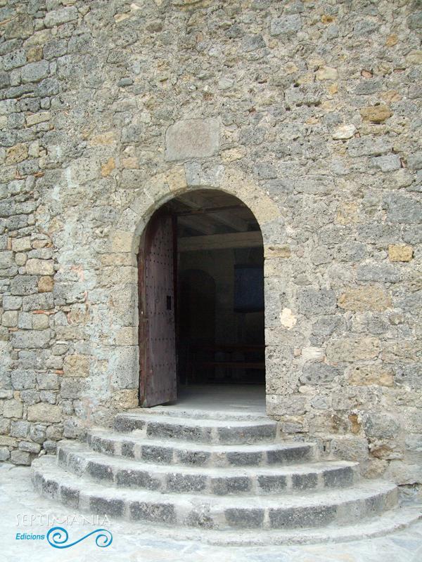 01.05.2021 Porta d'accès a Santa Maria de Josa  -  J. Bibià