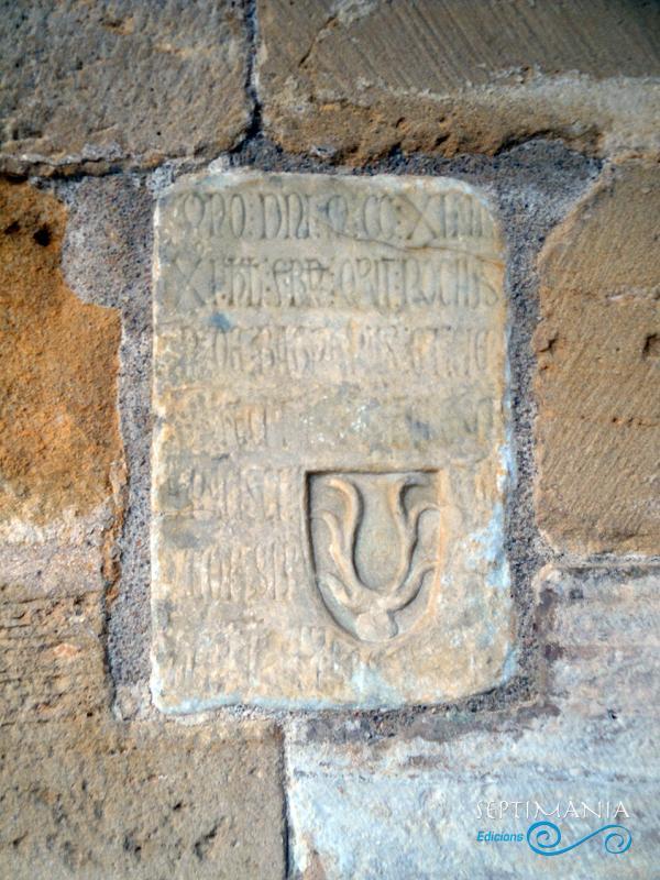 24.05.2021 Llosa sepulcral del Cervelló.  Al claustre de Santes Creus -  J. Bibià