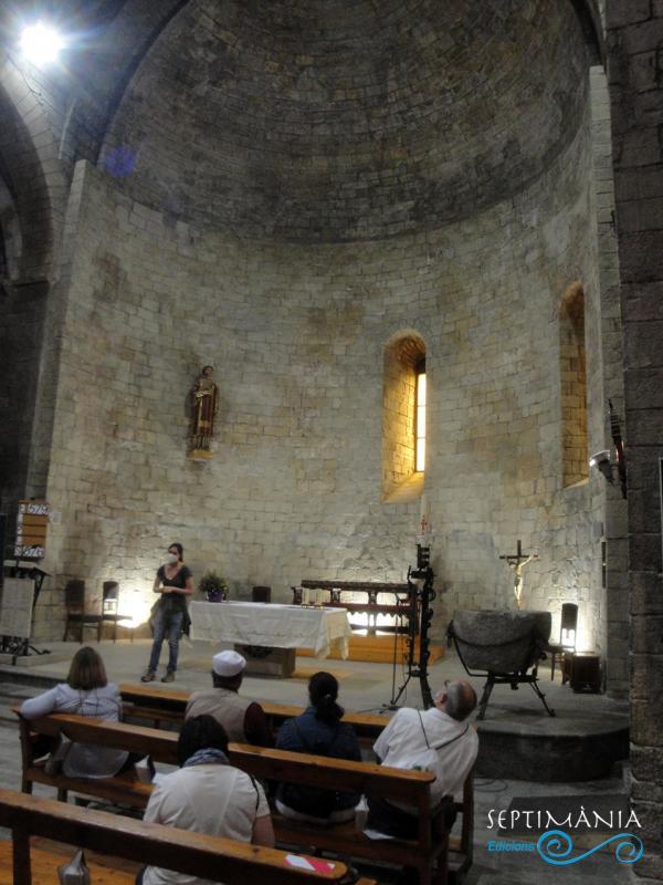 30.05.2021 Abis de l'església.  Església de Sant Esteve. -  Autor