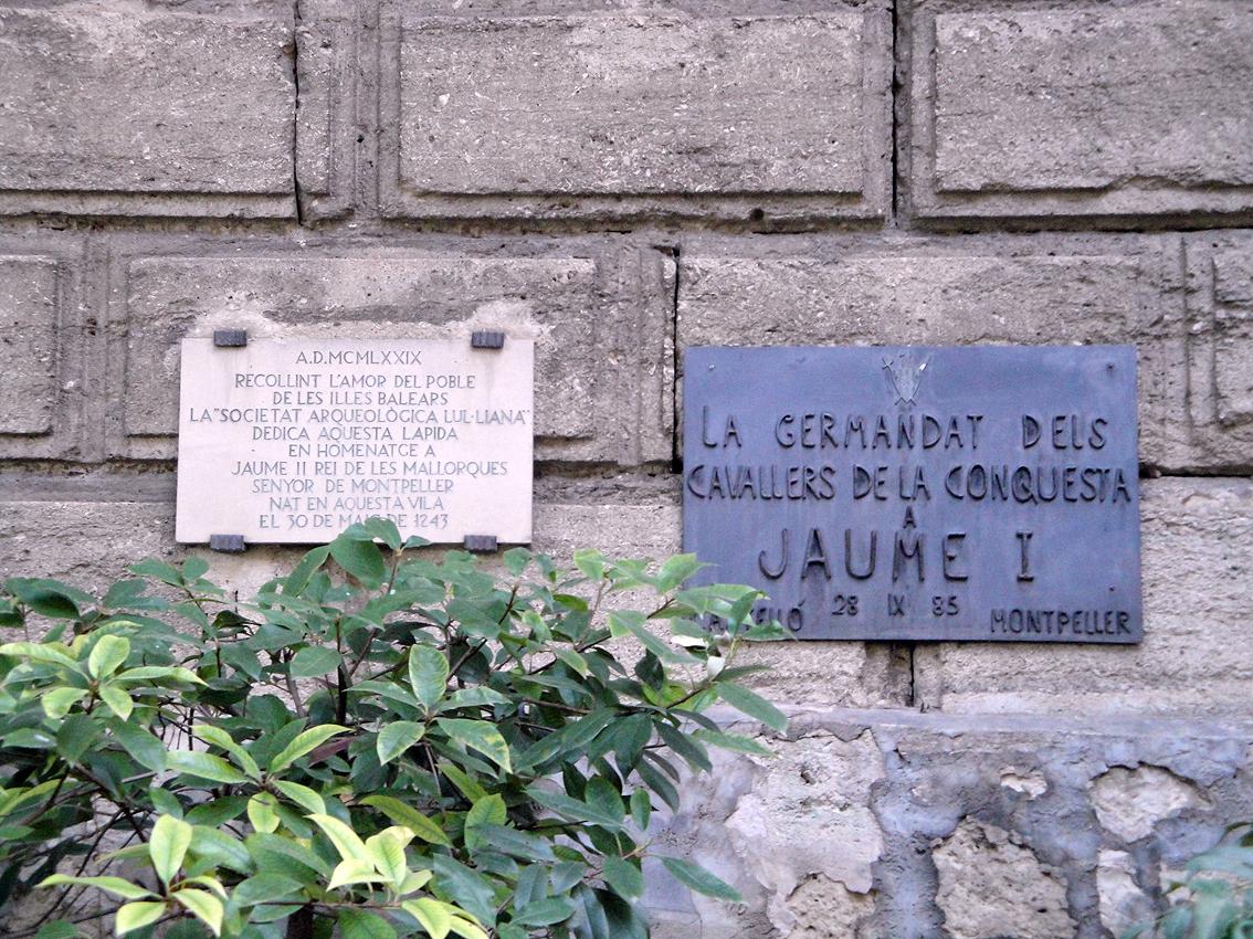 02.10.2009 Plaques commemoratives als monarques Jaume I i Jaume II. En els panys de muralla            Montpeller -  Jordi Bibià
