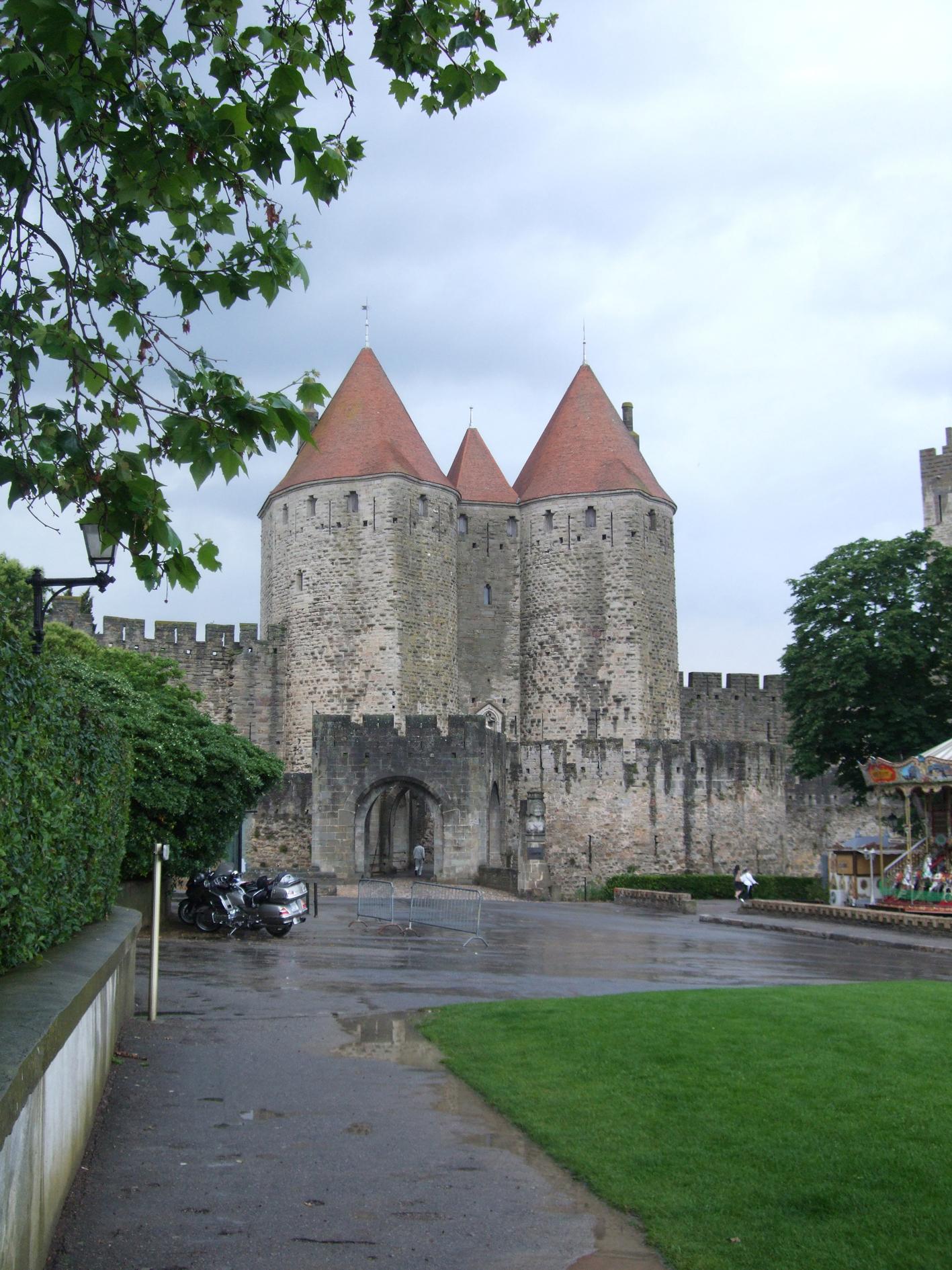 26.03.2008 la Porta Narbonesa, l'accés principal a la vella ciutat dels Trencavell.  Carcassona -  Jordi Bibià