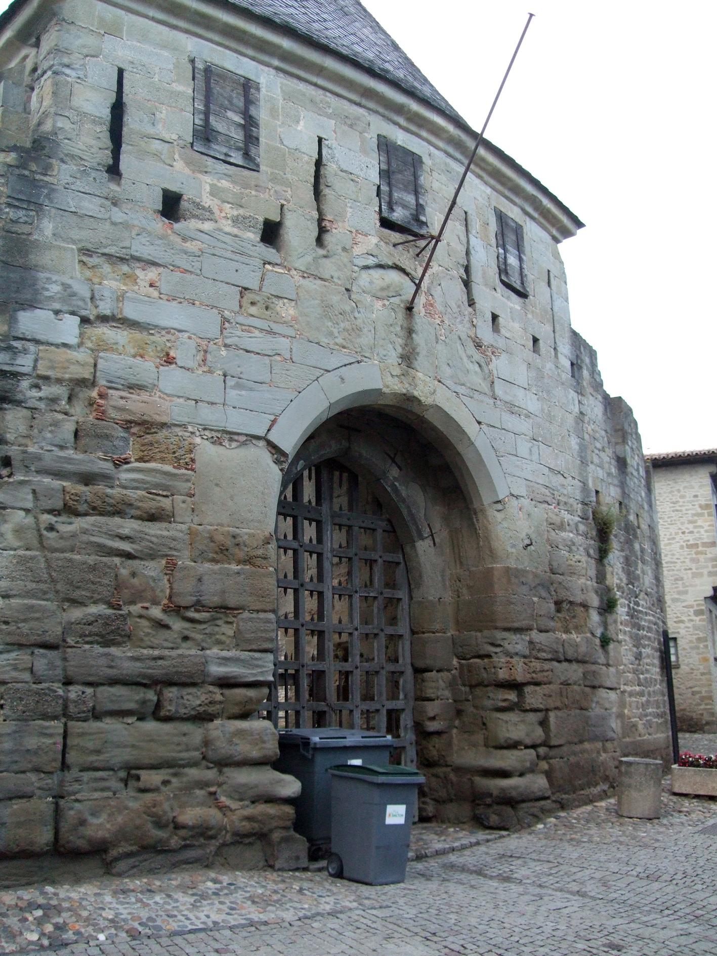 26.03.2008 La Barbacana d'accés al castell.            Carcassona   -  Jordi Bibià