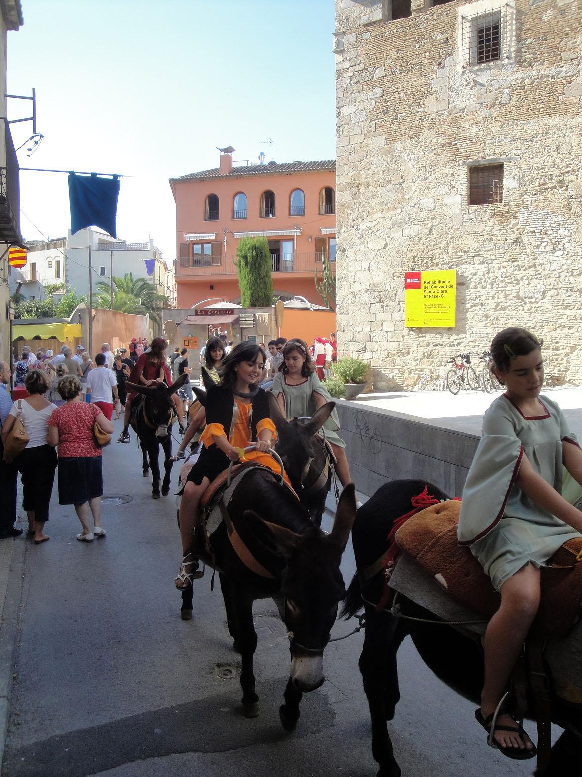 11.09.2010 Passejades en burro.             Castelló d'Empúries -  Jordi Bibià