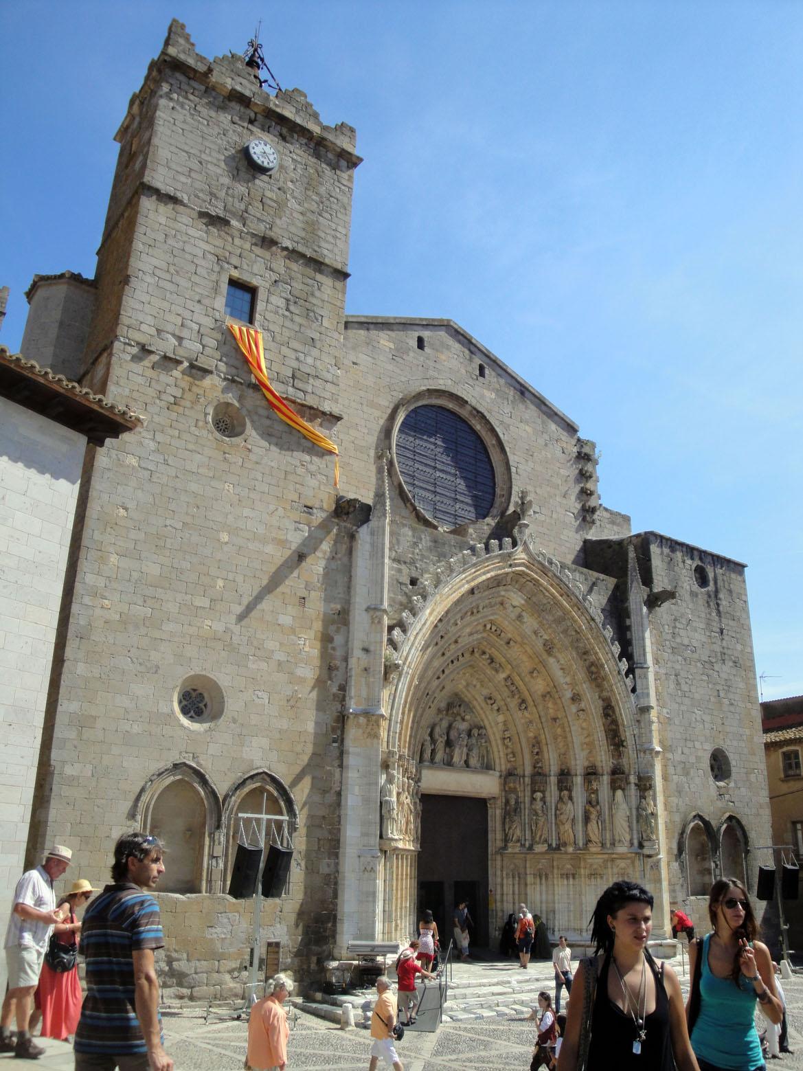 11.09.2010 Basílica de Santa Maria       Castelló d'Empúries -  Jordi Bibià
