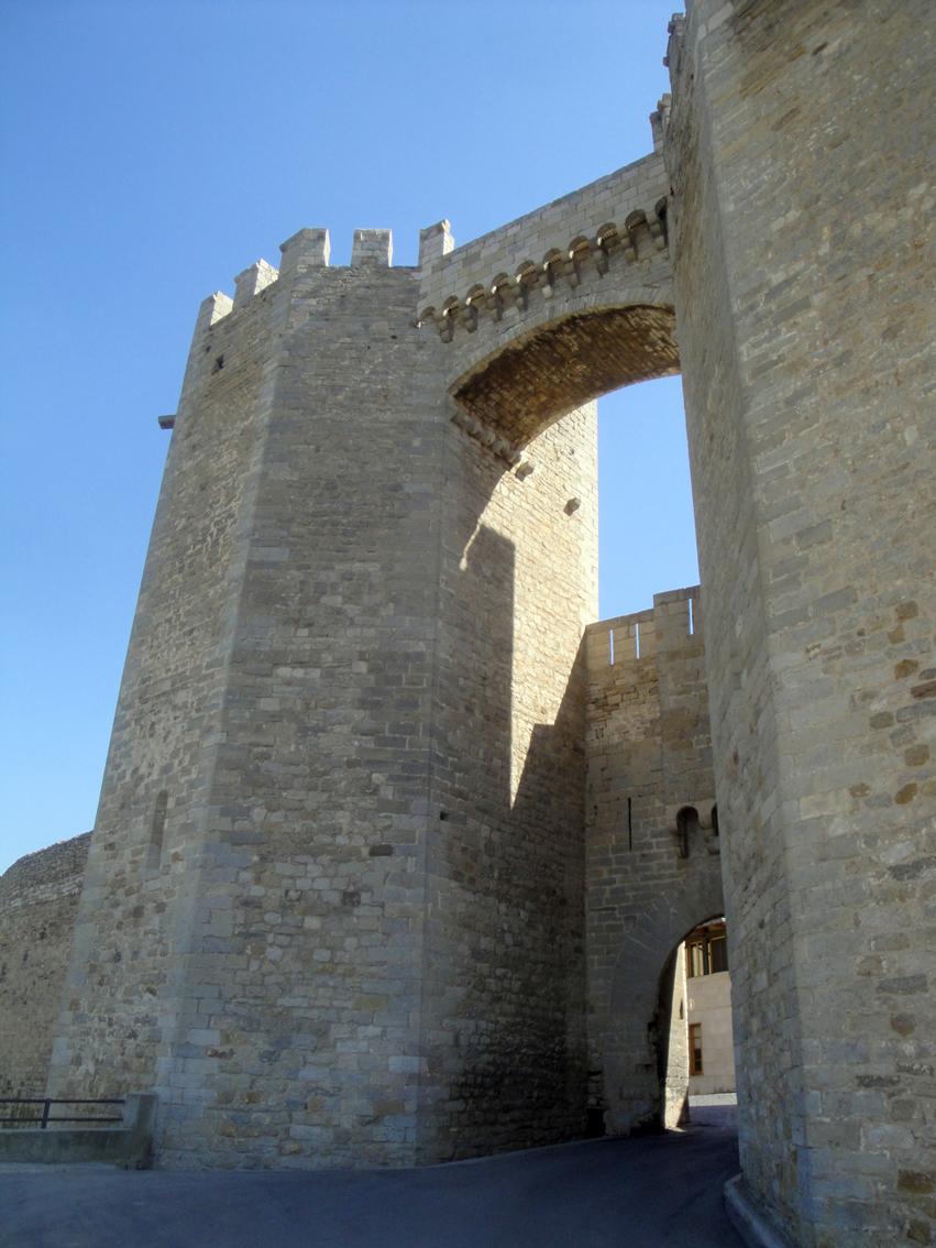 17.06.2012 Portal de Sant Miquel  Morella -  Jordi Bibià