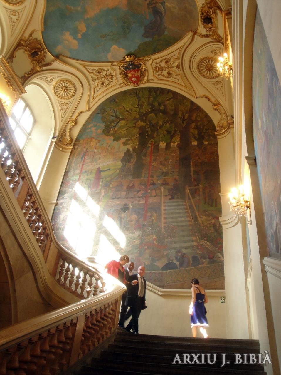 02.09.2011 Una de les nombroses representacións pictòriques medievals d'un gloriós passat que mai no tornarà.  Interior del Capítol de Tolosa del Llenguadoc. -  Jordi Bibià