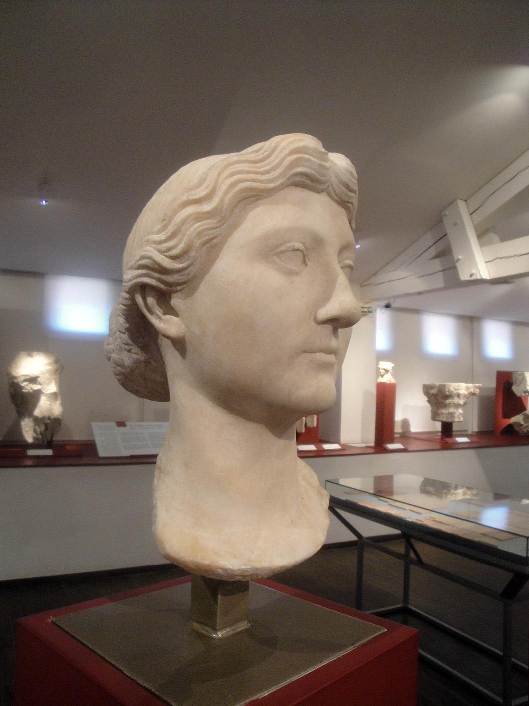 02.07.2013 El bust de Lívia. Època romana. Museu de Sant Ramon.  Tolosa del Llenguadoc. -  Jordi Bibià