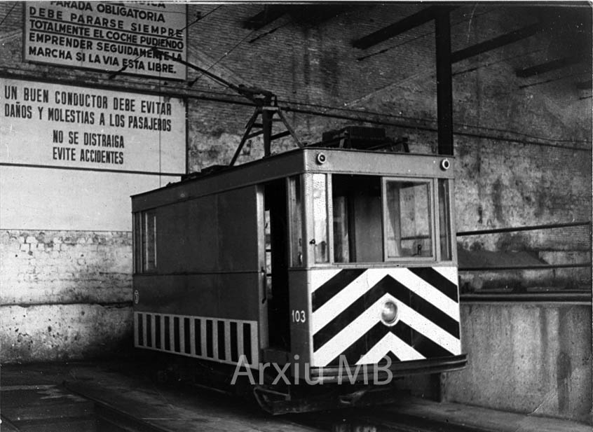 21.09.2014 El 103. Tramvia auxiliar.  Barcelona. -  Miquel Bibià