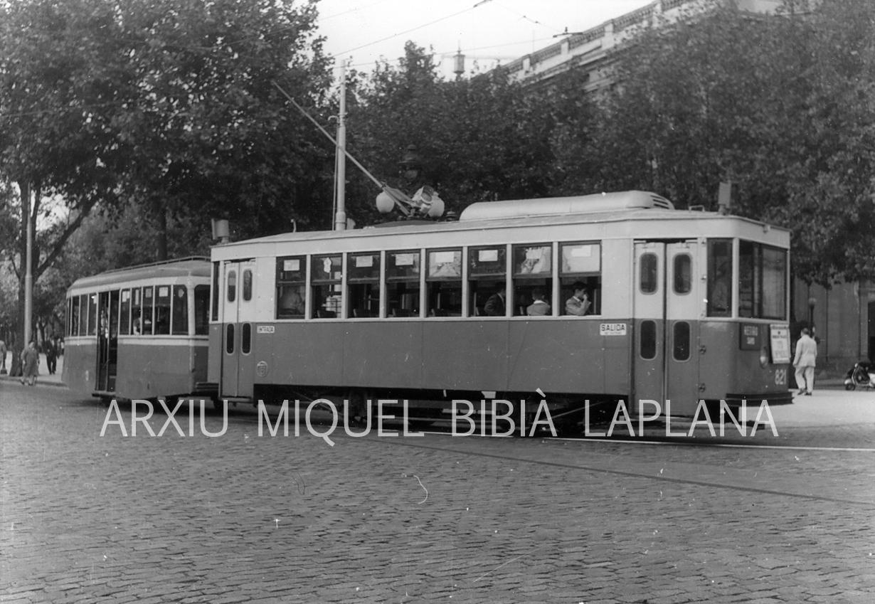 04.10.2014 El 821.  Barcelona -  Miquel Bibià