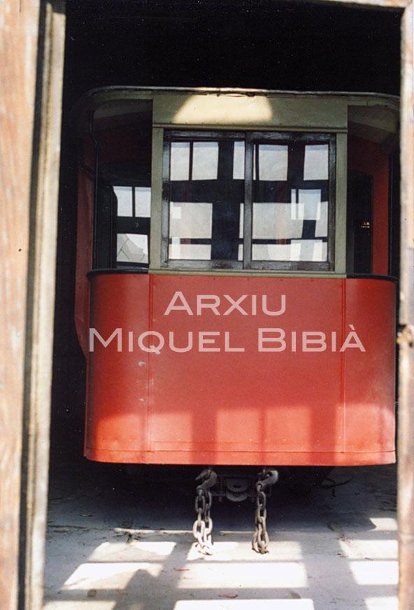 11.10.2014 Tramvia al dipòsit de Sant Martí de Provençals.  Barcelona. -  Miquel Bibià