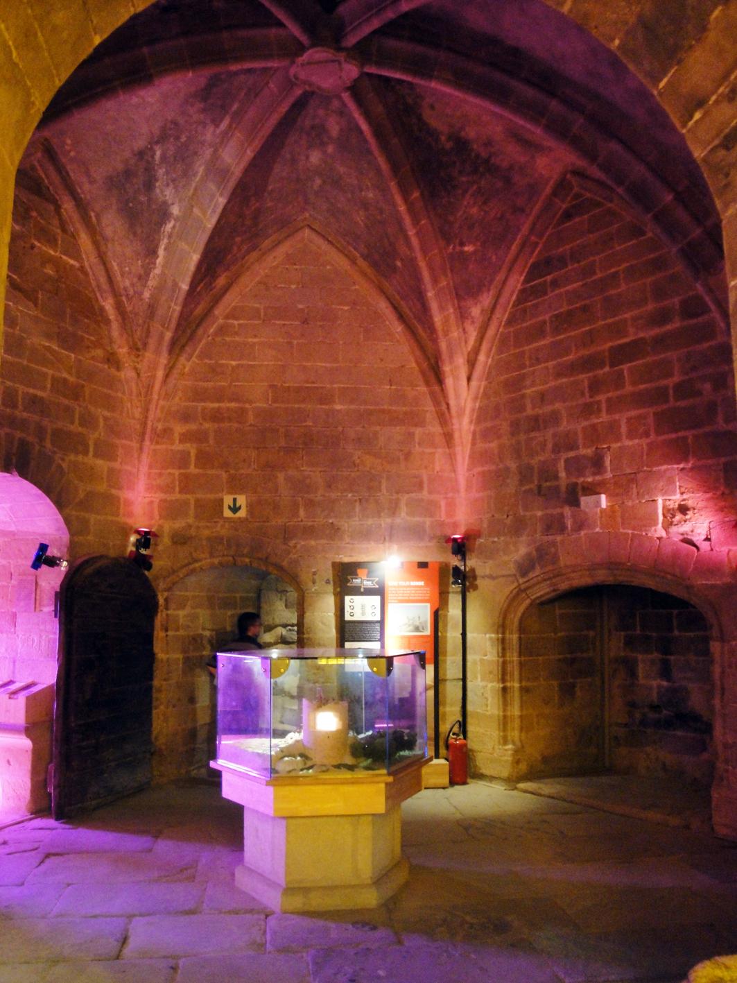 29.07.2018 Exposició dedicada a la vida del castell.  Castell de Foix -  Jordi Bibià