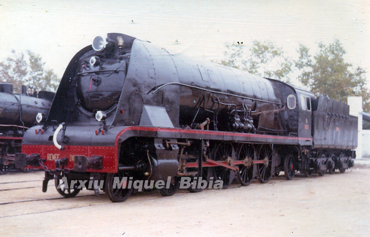 27.08.2019 MZA. Núm. 1801-1810 La MTM, 1939. 2400 CV  Museu de Vilanova i la Geltrú. -  Miquel Bibià Laplana
